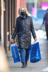Jessica Lange - After Shopping at The Container Store in NY 02/10/2021