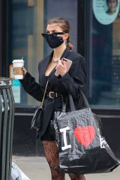 Julia Fox Street Style - Out in NY 01/19/2021