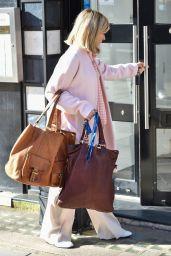 Kate Garraway - Arriving at the Global Studios in London 02/26/2021
