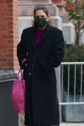 Katie Holmes in a Purple Sweater and Carrying a Pink Bag - NYC 02/15/2021