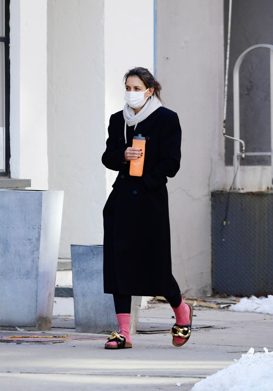 Katie Holmes - Out in New York 02/17/2021