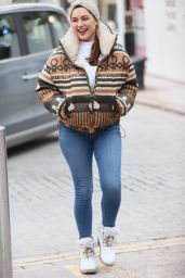 Kelly Brook in Tight Denim and Wool Top 02/11/2021