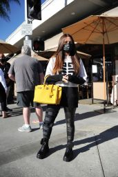 Kyle Richards at IL Pastaio in Beverly Hills 02/25/2021