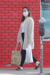 Lauren Parsekian - Shopping in Los Feliz 02/08/2021