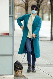 Lili Reinhart Winter Street Style - Vancouver 02/06/2021