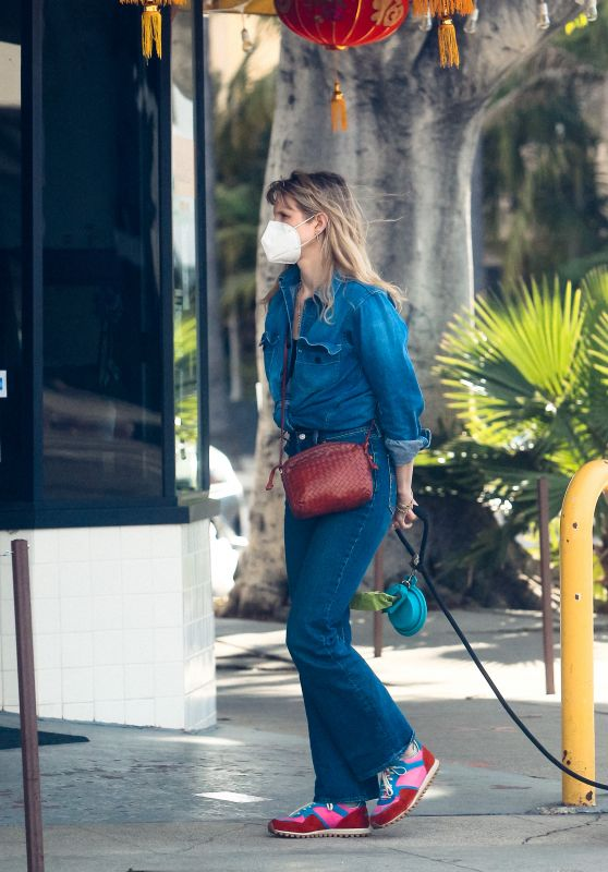 Lucy Punch - Out in West Hollywood 02/14/2021
