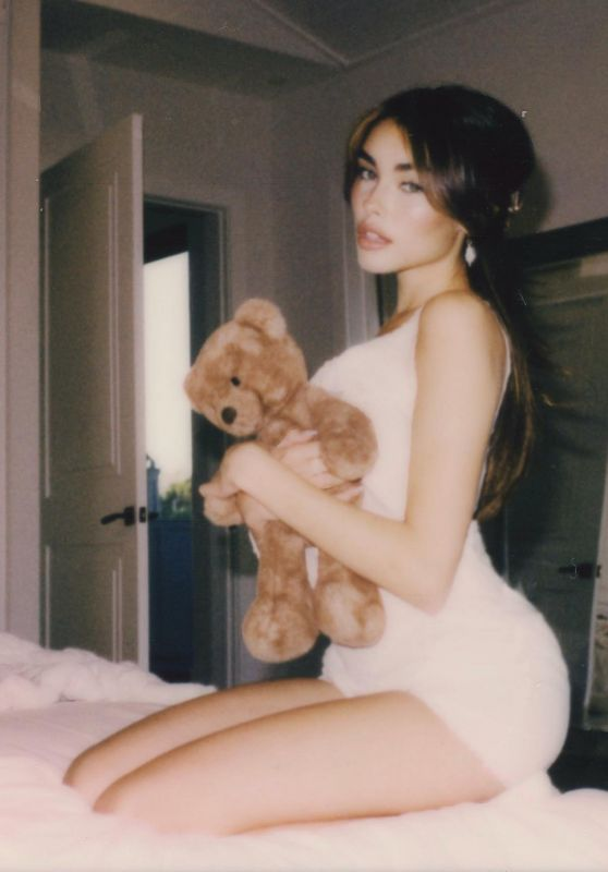 Madison Beer 02/15/2021