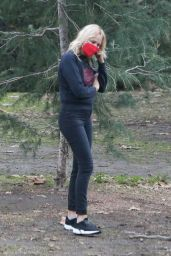 Malin Akerman at a Park in Los Feliz 01/31/2021