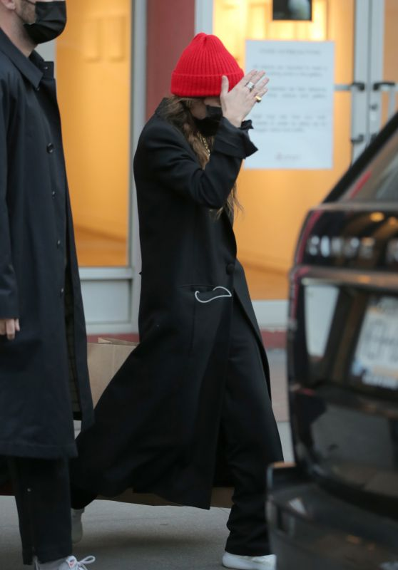Mary-Kate Olsen - Out in New York 02/25/2021