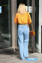 Mollie King - Out in London 02/05/2021