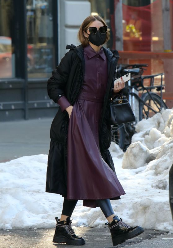 Olivia Palermo - Out in Dumbo, Brooklyn 02/10/2021
