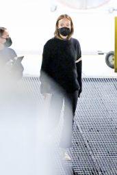 "Olivia Wilde – ""Don't Worry Darling"" Filming in LA 02/08/2021"
