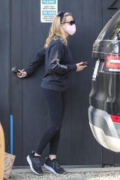 Reese Witherspoon - Out in Los Angeles 02/10/2021