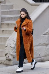 "Selena Gomez in a Long Brown/Orange Furry Coat - ""Only Murders in the Building"" Set in NY 02/24/2021"