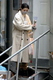 "Selena Gomez - ""Only Murders in the Building"" Filming in New York 02/09/2021"