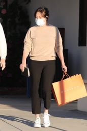 Shannen Doherty and Her Mother Rosa Elizabeth - Shopping in Malibu 02/22/2021