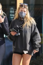 Sofia Richie Showing Her Legs - West Hollywood 02/11/2021