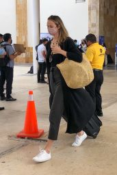 Stacy Keibler - Arriving in Cancun 02/17/2021
