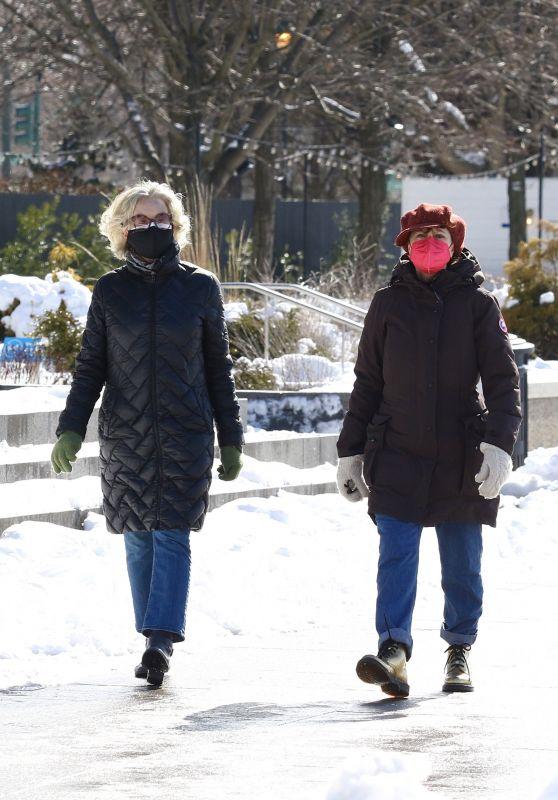 Susan Sarandon and Jessica Lange - Hudson River Park in NYC 02/08/2021