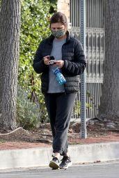 Tiffani Thiessen - Out in LA 02/01/2021