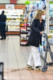 Valeria Golino - Grocery Shopping at Gelson