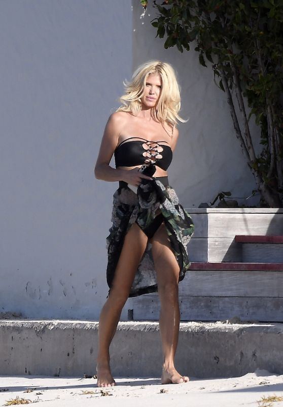 Victoria Silvstedt in St. Barths 02/22/2021