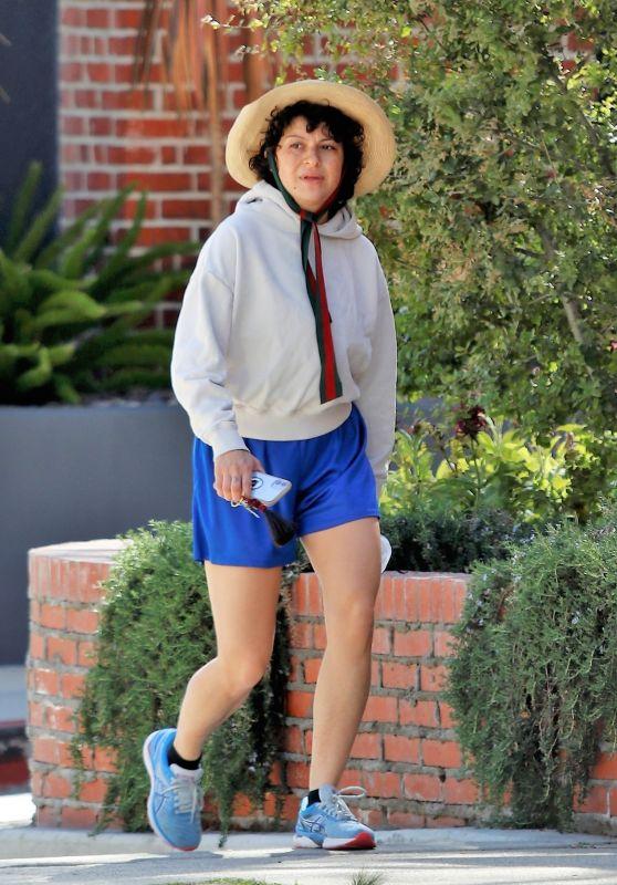 Alia Shawkat - Hike in Los Feliz 03/18/2021