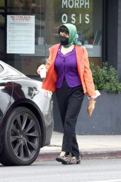 Alia Shawkat - Out in Los Angeles 03/25/2021