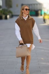 Amanda Holden Style - London 03/30/2021