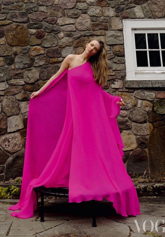 Amanda Seyfried - Vogue UK April 2021