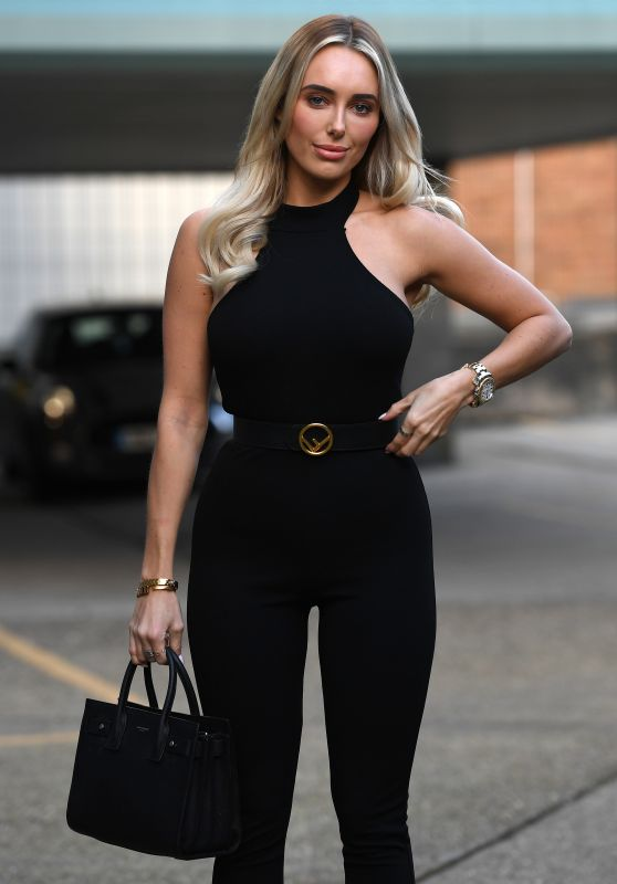 """Amber Turner – """"The Only Way is Essex"""" TV Show Filming in Essex 03/14/2021"""