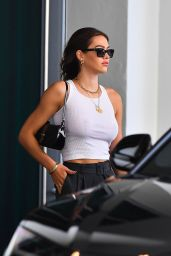 Amelia Hamlin - Leaving Her Hotel in Miami 03/03/2021