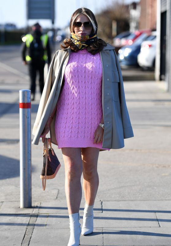 """Amy Childs - """"The Only Way is Essex"""" TV Show Filming 03/09/2021"""