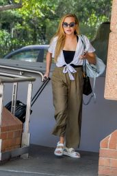 Angie Kent - Arriving at Channel 10 Studios in Sydney 03/25/2021