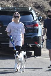 Ava Phillippe - Out for a Hike in Brentwood 03/19/2021