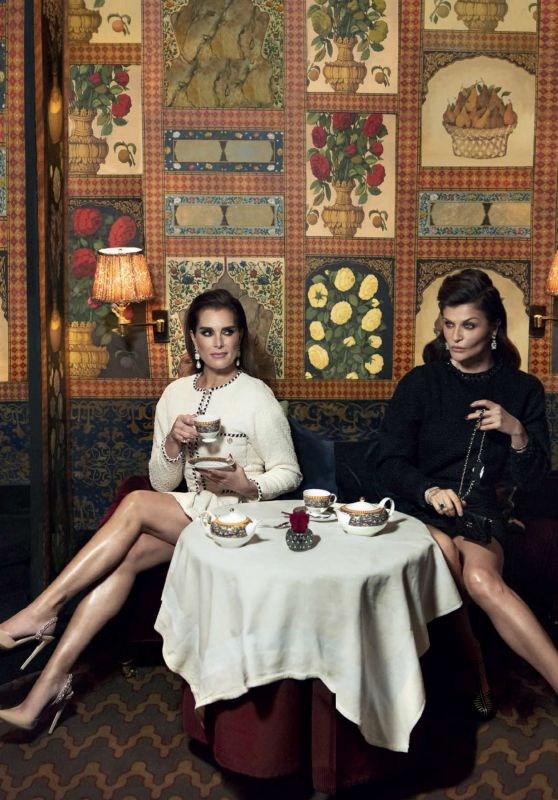 Brooke Shields and Helena Christensen - L