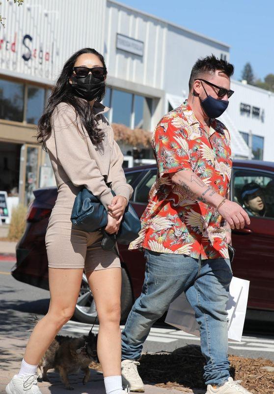 Cara Santana Shopping in Malibu 03/27/2021