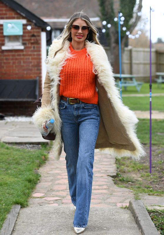 """Chloe Sims – """"The Only Way is Essex"""" TV Show Filming in Essex 03/14/2021"""