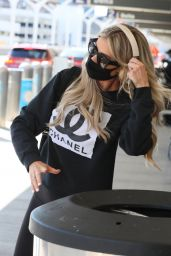 Christina Anstead - Out in Los Angeles 03/11/2021