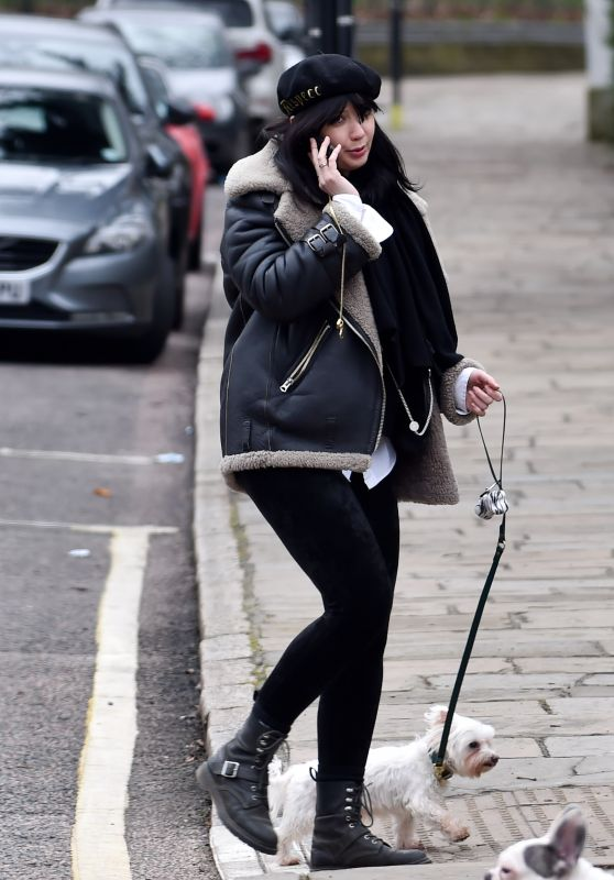 Daisy Lowe - Out in Primrose Hill 03/04/2021