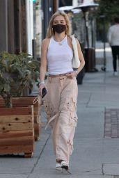 Delilah Belle Hamlin Street Style - Los Angeles 03/24/2021