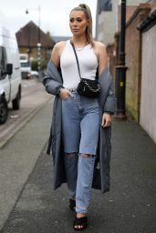 """Demi Sims - """"The Only Way is Essex"""" TV Show Filming in Brentwood 03/07/2021"""