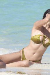 Desirée Cordero - Beach in Cancun 03/02/2021