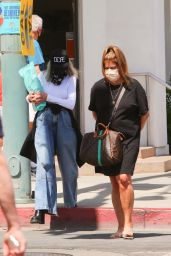 Diane Keaton - Shopping in Palm Springs 03/30/2021