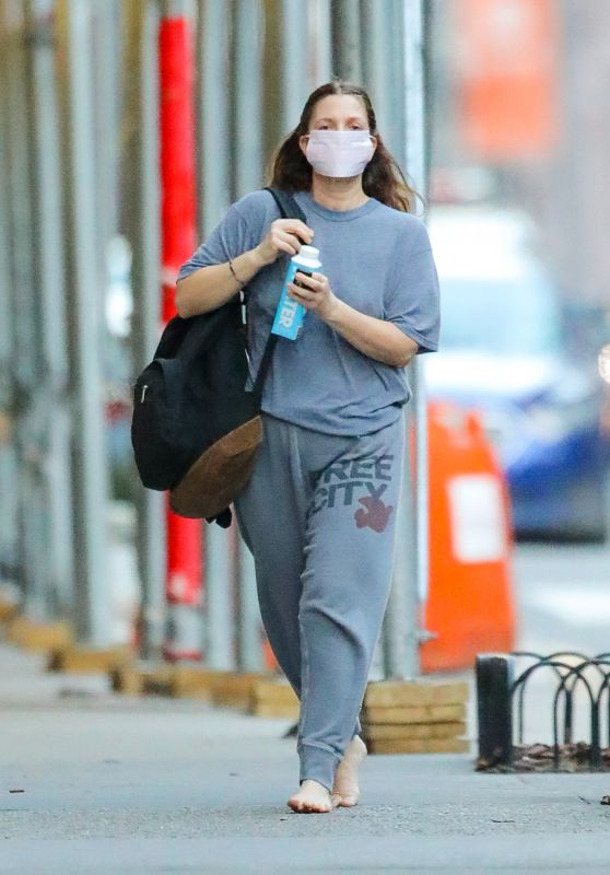 Drew Barrymore - Out in New York 03/15/2021
