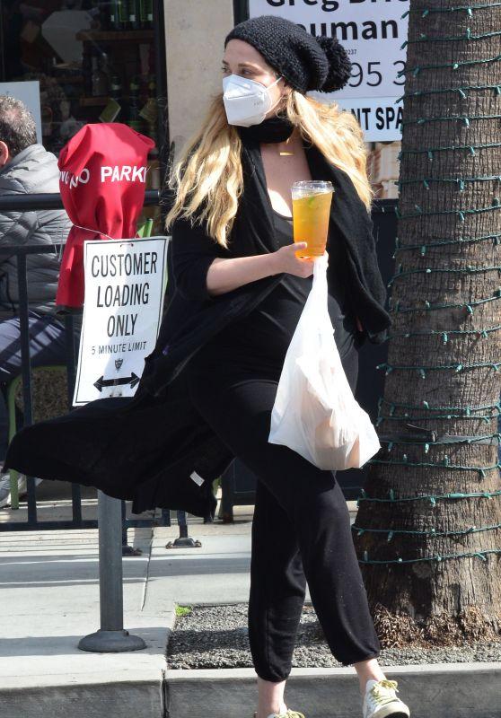 Elizabeth Berkley - Out in Beverly Hills 03/10/2021