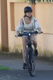 Elsa Pataky - Enjoys a Bike Ride in Sydney 03/07/2021