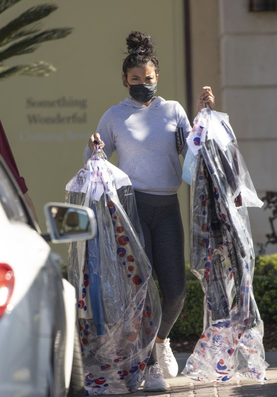 Eniko Parrish - Picked Up Dry Cleaning in Calabasas 03/07/2021