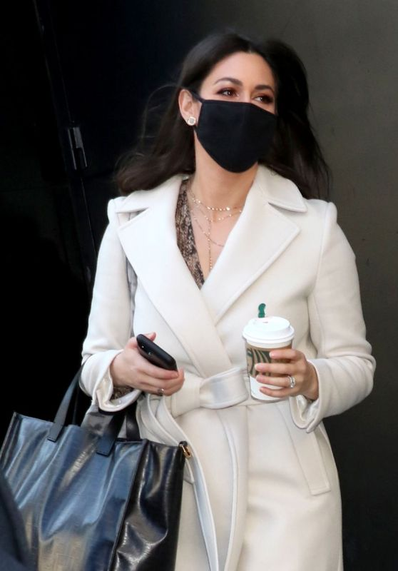 Erielle Reshef - Leaving GMA in NY 03/03/2021