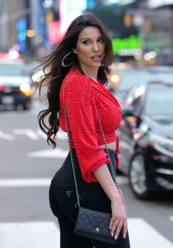 Estrella Nouri in Times Square in New York 03/28/2021